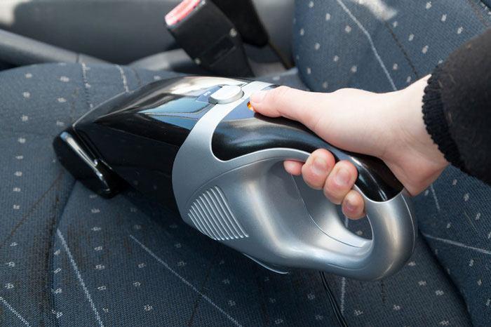 vệ sinh ô tô