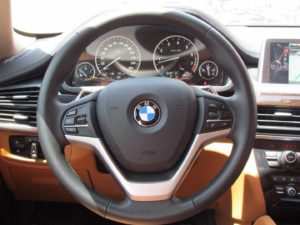Vô lăng BMW