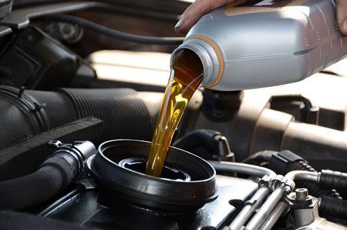 Việc thay dầu số Audi định kỳ quan trọng như thế nào?