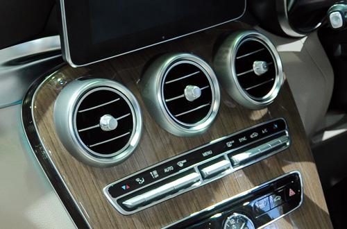 Thay lốc lạnh điều hòa BMW nhập khẩu chính hãng